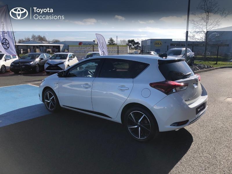 Photo 20 de l'offre de TOYOTA Auris HSD 136h Collection RC18 à 15890€ chez Rizzon Auto - Toyota St Brieuc