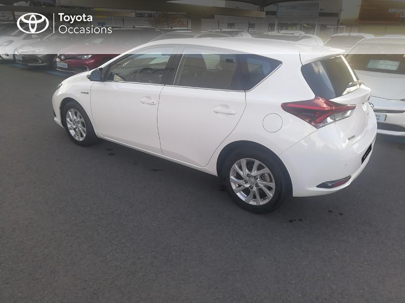 Photo 17 de l'offre de TOYOTA Auris HSD 136h Dynamic Business à 17490€ chez Rizzon Auto - Toyota St Brieuc