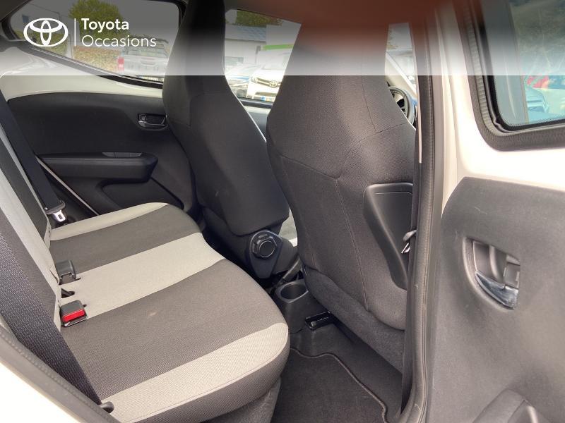 Photo 7 de l'offre de TOYOTA Aygo 1.0 VVT-i 72ch x-play 5p à 8990€ chez Rizzon Auto - Toyota St Brieuc