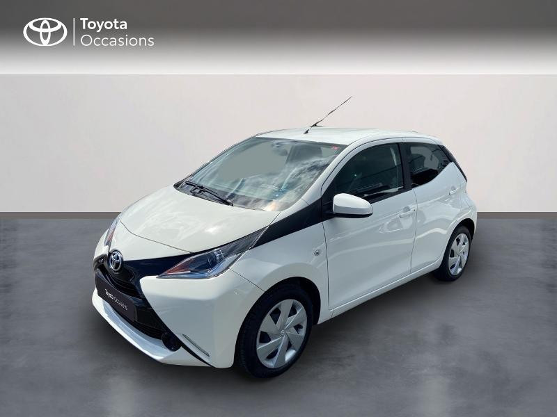 Photo 1 de l'offre de TOYOTA Aygo 1.0 VVT-i 72ch x-play 5p à 8990€ chez Rizzon Auto - Toyota St Brieuc