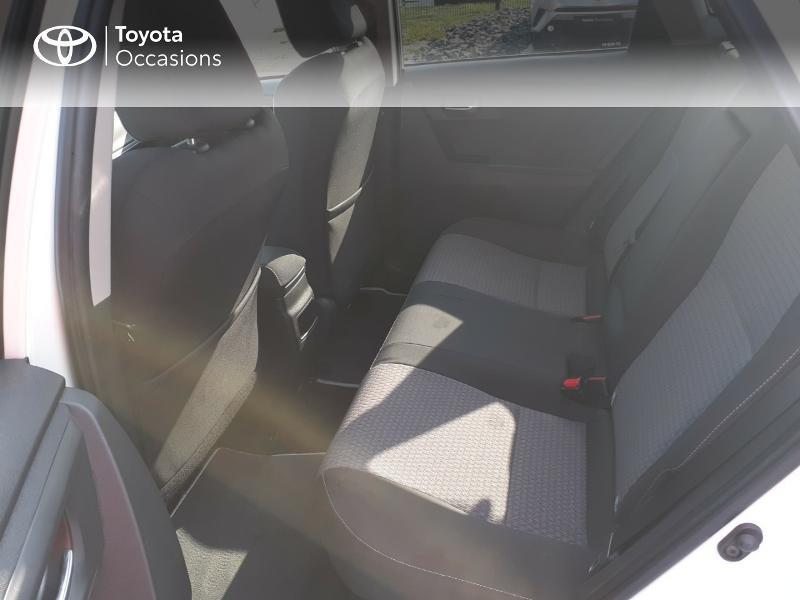 Photo 12 de l'offre de TOYOTA Auris HSD 136h Collection à 16990€ chez Rizzon Auto - Toyota St Brieuc
