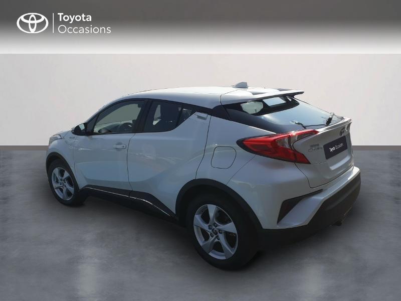 Photo 2 de l'offre de TOYOTA C-HR 122h Dynamic 2WD E-CVT à 20290€ chez Rizzon Auto - Toyota St Brieuc