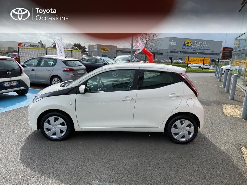 Photo 26 de l'offre de TOYOTA Aygo 1.0 VVT-i 69ch x-play 5p à 8990€ chez Rizzon Auto - Toyota St Brieuc