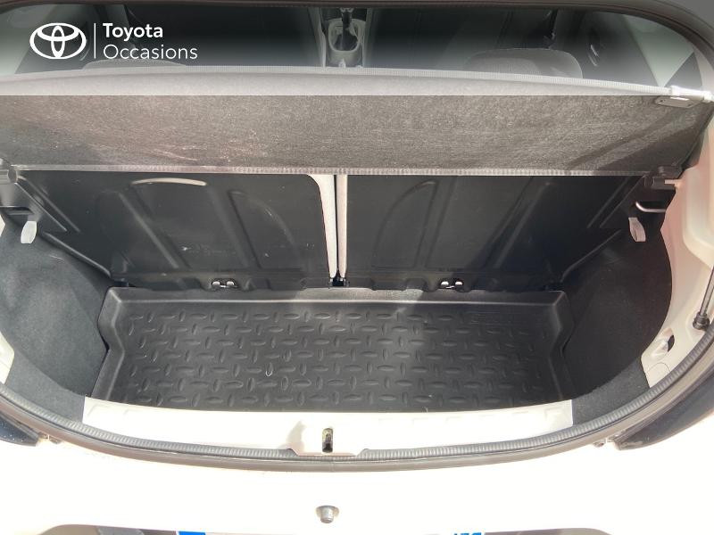 Photo 10 de l'offre de TOYOTA Aygo 1.0 VVT-i 69ch x-play 5p à 8990€ chez Rizzon Auto - Toyota St Brieuc