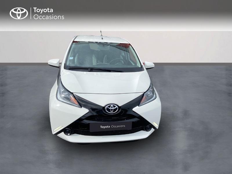 Photo 5 de l'offre de TOYOTA Aygo 1.0 VVT-i 69ch x-play 5p à 8990€ chez Rizzon Auto - Toyota St Brieuc