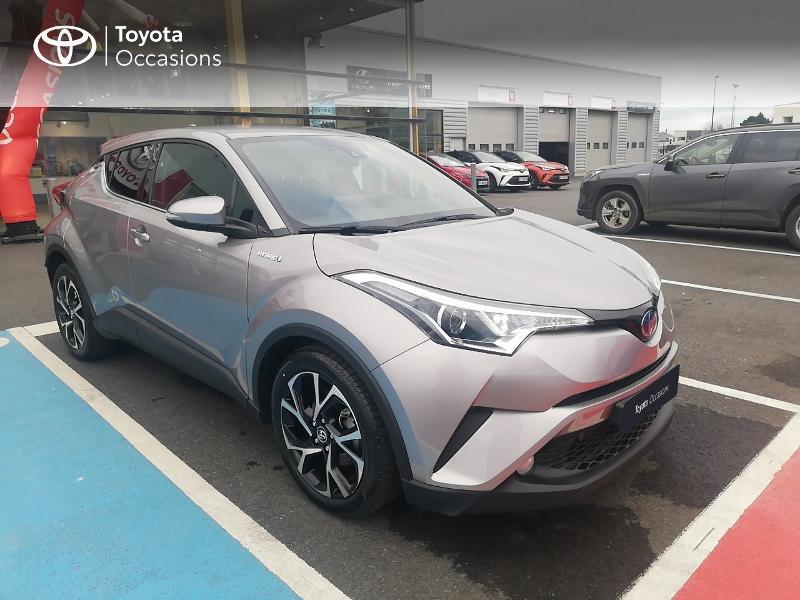 Photo 19 de l'offre de TOYOTA C-HR 122h Edition 2WD E-CVT RC18 à 21890€ chez Rizzon Auto - Toyota St Brieuc