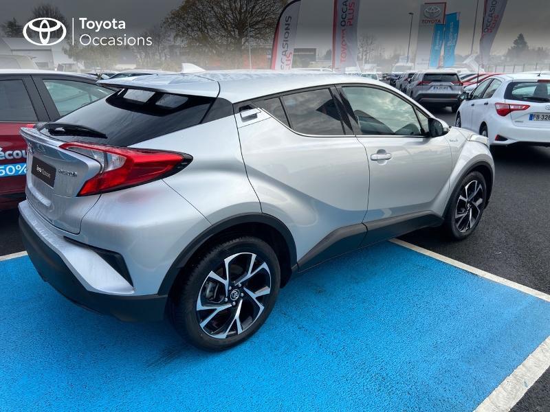 Photo 18 de l'offre de TOYOTA C-HR 122h Edition 2WD E-CVT RC18 à 21890€ chez Rizzon Auto - Toyota St Brieuc