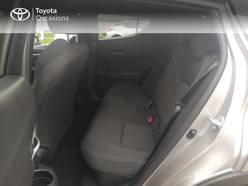Photo 12 de l'offre de TOYOTA C-HR 122h Edition 2WD E-CVT RC18 à 21890€ chez Rizzon Auto - Toyota St Brieuc