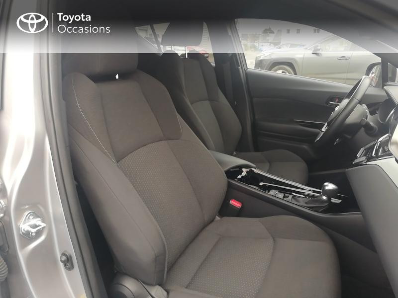 Photo 6 de l'offre de TOYOTA C-HR 122h Edition 2WD E-CVT RC18 à 21890€ chez Rizzon Auto - Toyota St Brieuc