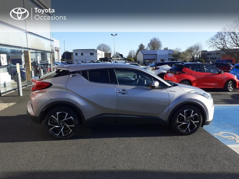 Photo 17 de l'offre de TOYOTA C-HR 122h Edition 2WD E-CVT RC18 à 20990€ chez Rizzon Auto - Toyota St Brieuc