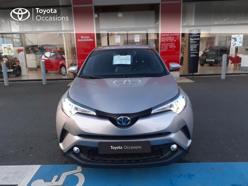 Photo 29 de l'offre de TOYOTA C-HR 122h Edition 2WD E-CVT RC18 à 20990€ chez Rizzon Auto - Toyota St Brieuc