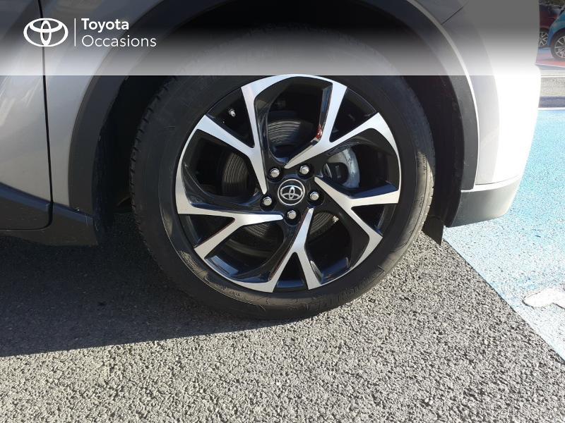 Photo 16 de l'offre de TOYOTA C-HR 122h Edition 2WD E-CVT RC18 à 20990€ chez Rizzon Auto - Toyota St Brieuc