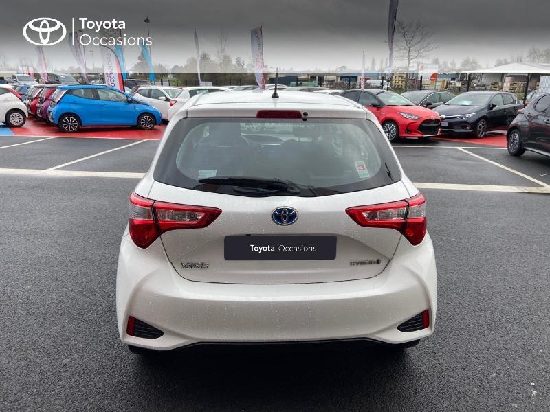 Photo 27 de l'offre de TOYOTA Yaris 100h Dynamic 5p à 12390€ chez Rizzon Auto - Toyota St Brieuc