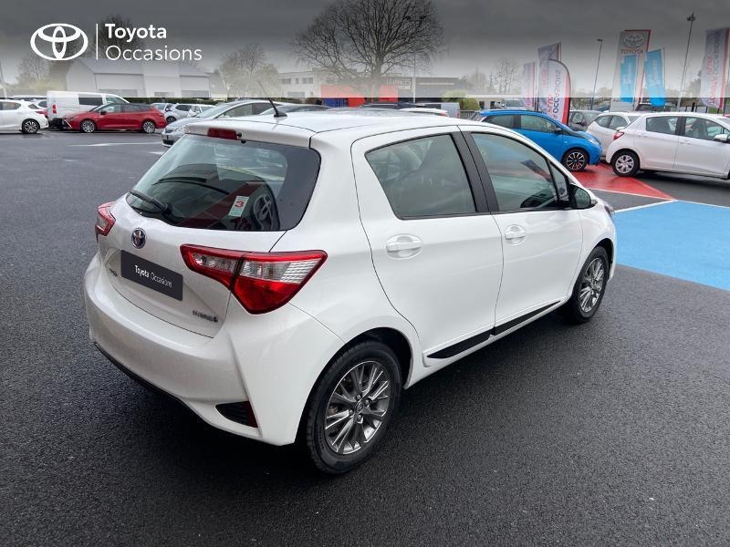 Photo 18 de l'offre de TOYOTA Yaris 100h Dynamic 5p à 12390€ chez Rizzon Auto - Toyota St Brieuc