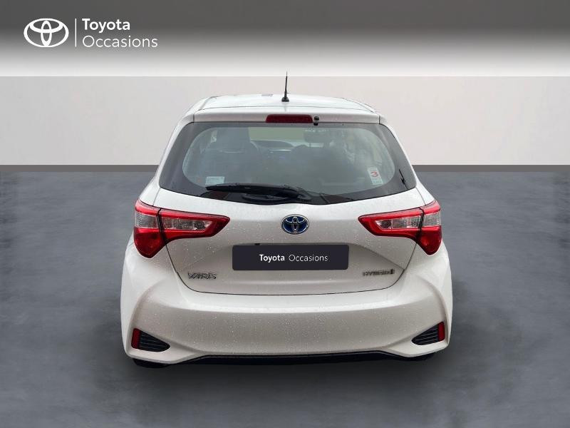 Photo 4 de l'offre de TOYOTA Yaris 100h Dynamic 5p à 12390€ chez Rizzon Auto - Toyota St Brieuc