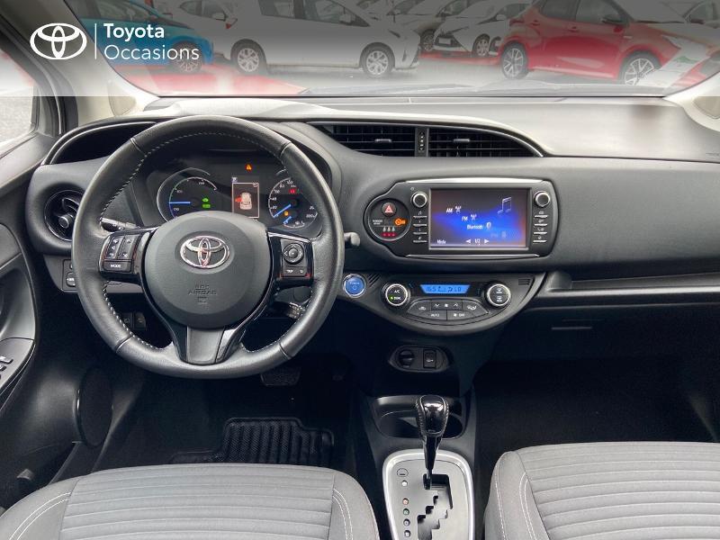 Photo 8 de l'offre de TOYOTA Yaris 100h Dynamic 5p à 12390€ chez Rizzon Auto - Toyota St Brieuc