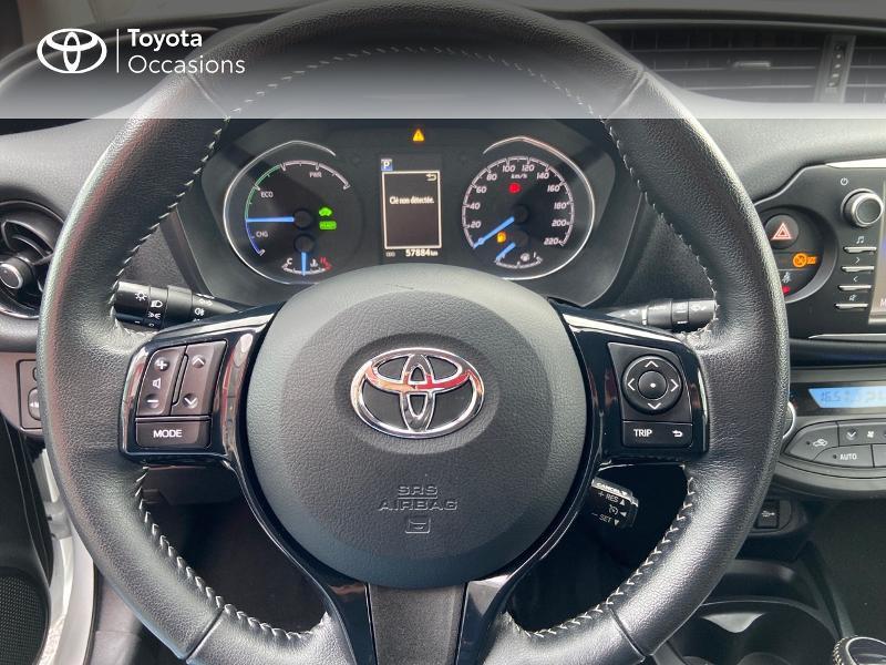 Photo 9 de l'offre de TOYOTA Yaris 100h Dynamic 5p à 12390€ chez Rizzon Auto - Toyota St Brieuc