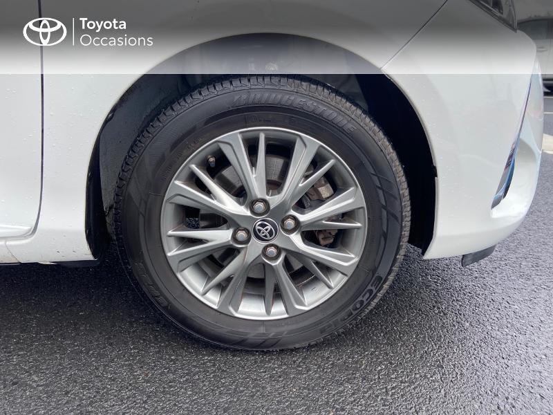Photo 16 de l'offre de TOYOTA Yaris 100h Dynamic 5p à 12390€ chez Rizzon Auto - Toyota St Brieuc