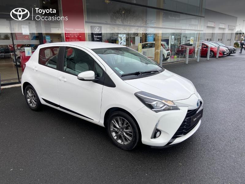 Photo 19 de l'offre de TOYOTA Yaris 100h Dynamic 5p à 12390€ chez Rizzon Auto - Toyota St Brieuc