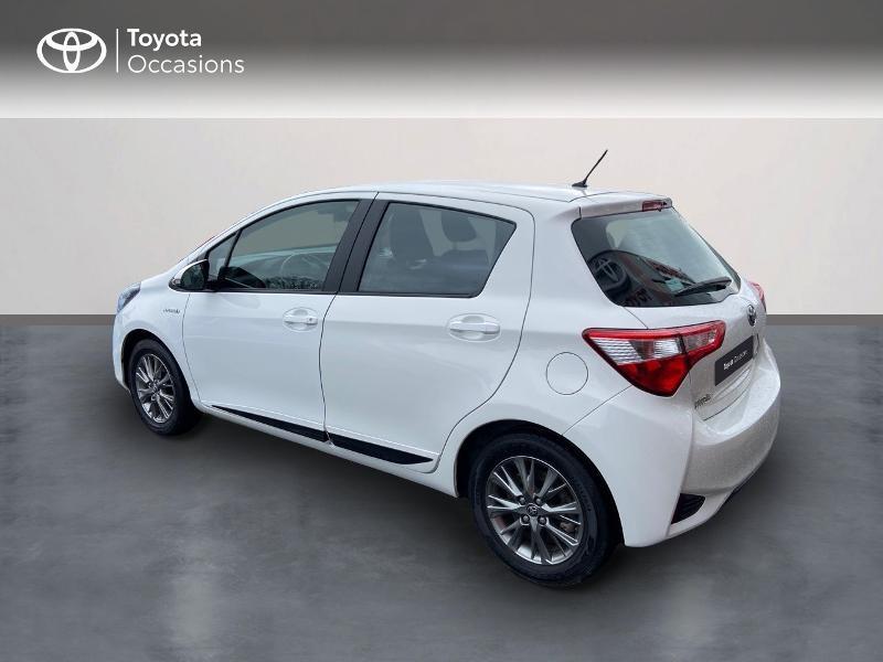 Photo 2 de l'offre de TOYOTA Yaris 100h Dynamic 5p à 12390€ chez Rizzon Auto - Toyota St Brieuc