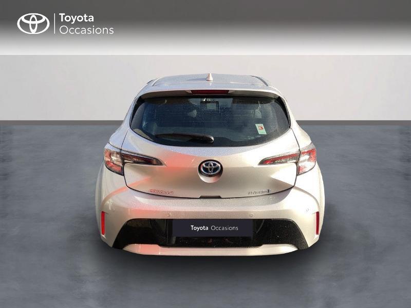 Photo 4 de l'offre de TOYOTA Corolla 122h Dynamic Business à 20890€ chez Rizzon Auto - Toyota St Brieuc