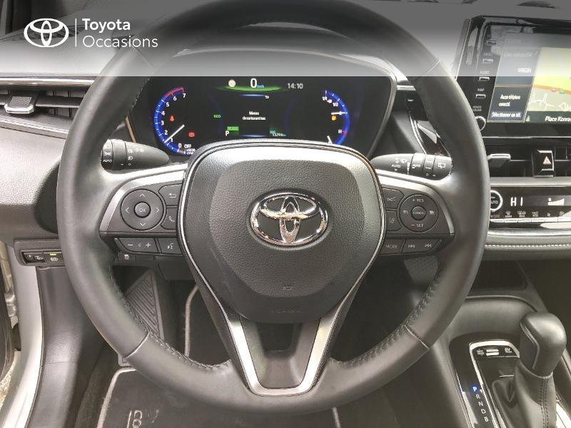 Photo 9 de l'offre de TOYOTA Corolla 122h Dynamic Business à 20890€ chez Rizzon Auto - Toyota St Brieuc