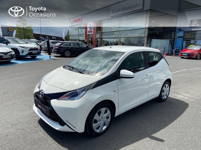 Photo 25 de l'offre de TOYOTA Aygo 1.0 VVT-i 72ch x-play 5p à 8990€ chez Rizzon Auto - Toyota St Brieuc