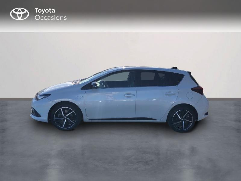 Photo 3 de l'offre de TOYOTA Auris HSD 136h Collection RC18 à 15890€ chez Rizzon Auto - Toyota St Brieuc
