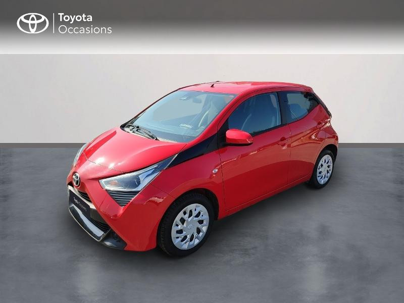 Toyota Aygo 1.0 VVT-i 69ch x-play 5p Essence Rouge Métal Occasion à vendre