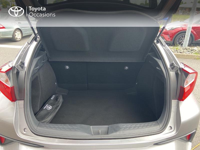 Photo 4 de l'offre de TOYOTA C-HR 122h Edition 2WD E-CVT RC18 à 20490€ chez Rizzon Auto - Toyota St Brieuc