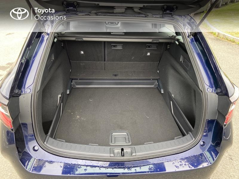 Photo 10 de l'offre de TOYOTA Corolla Touring Spt 122h Dynamic Business MY21 + Stage Hybrid Academy à 28990€ chez Rizzon Auto - Toyota St Brieuc