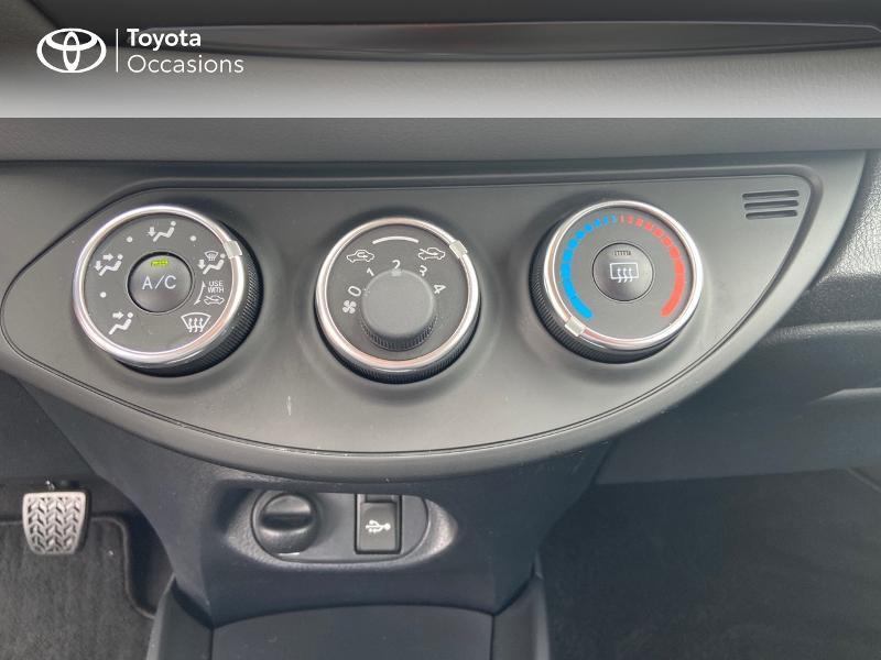 Photo 22 de l'offre de TOYOTA Yaris 70 VVT-i France 3p RC18 à 9790€ chez Rizzon Auto - Toyota St Brieuc