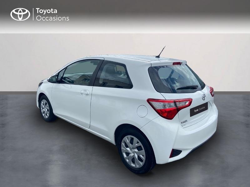Photo 2 de l'offre de TOYOTA Yaris 70 VVT-i France 3p RC18 à 9790€ chez Rizzon Auto - Toyota St Brieuc