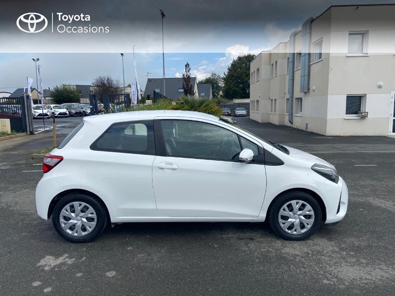 Photo 17 de l'offre de TOYOTA Yaris 70 VVT-i France 3p RC18 à 9790€ chez Rizzon Auto - Toyota St Brieuc