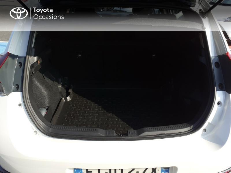 Photo 10 de l'offre de TOYOTA Auris HSD 136h Collection à 16990€ chez Rizzon Auto - Toyota St Brieuc