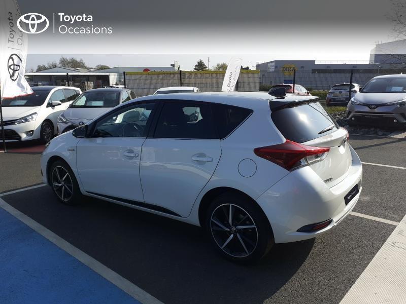 Photo 26 de l'offre de TOYOTA Auris HSD 136h Collection à 16990€ chez Rizzon Auto - Toyota St Brieuc