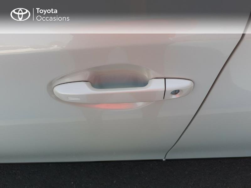 Photo 24 de l'offre de TOYOTA Auris HSD 136h Collection à 16990€ chez Rizzon Auto - Toyota St Brieuc