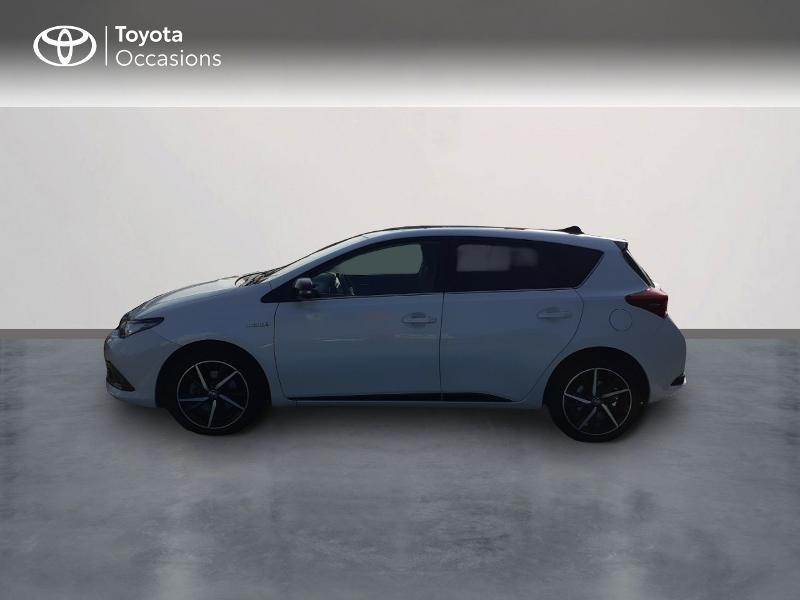 Photo 3 de l'offre de TOYOTA Auris HSD 136h Collection à 16990€ chez Rizzon Auto - Toyota St Brieuc