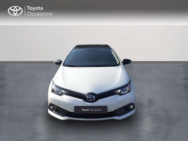 Photo 5 de l'offre de TOYOTA Auris HSD 136h Collection à 16990€ chez Rizzon Auto - Toyota St Brieuc