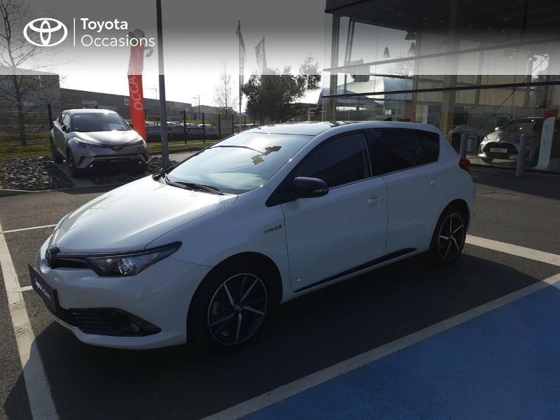 Photo 25 de l'offre de TOYOTA Auris HSD 136h Collection à 16990€ chez Rizzon Auto - Toyota St Brieuc