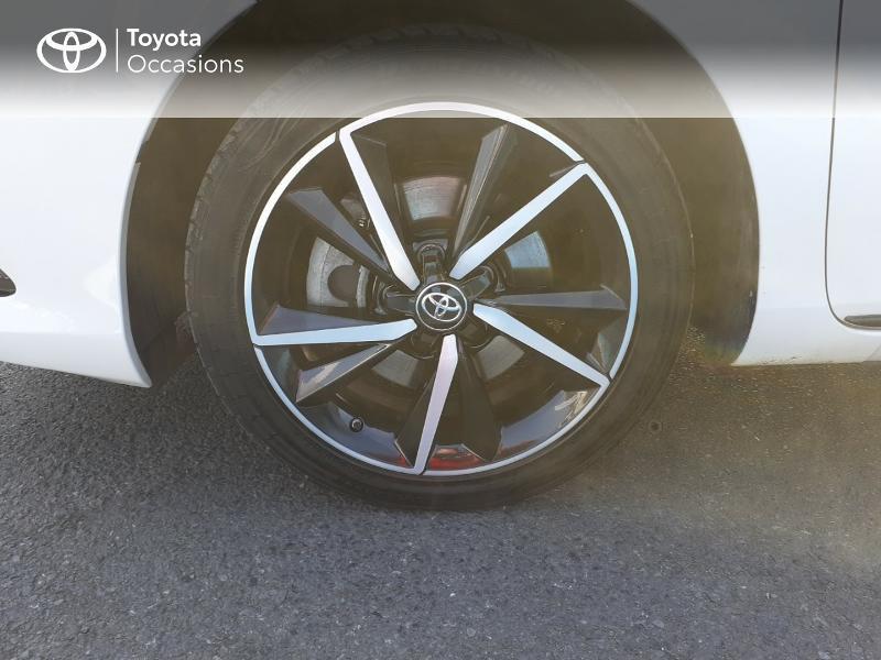 Photo 16 de l'offre de TOYOTA Auris HSD 136h Collection à 16990€ chez Rizzon Auto - Toyota St Brieuc