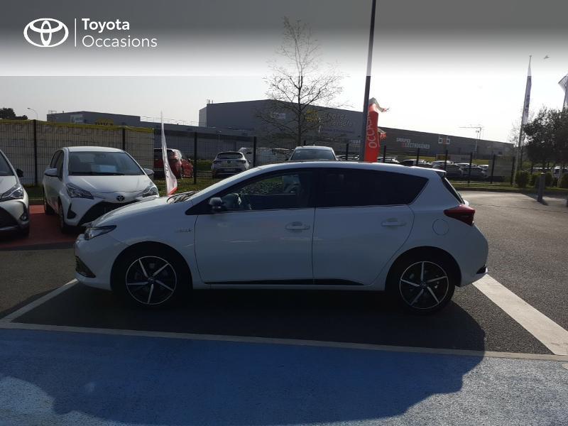 Photo 27 de l'offre de TOYOTA Auris HSD 136h Collection à 16990€ chez Rizzon Auto - Toyota St Brieuc