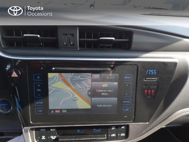 Photo 15 de l'offre de TOYOTA Auris HSD 136h Collection à 16990€ chez Rizzon Auto - Toyota St Brieuc