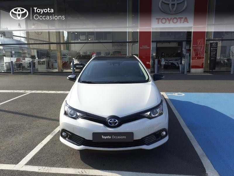 Photo 29 de l'offre de TOYOTA Auris HSD 136h Collection à 16990€ chez Rizzon Auto - Toyota St Brieuc