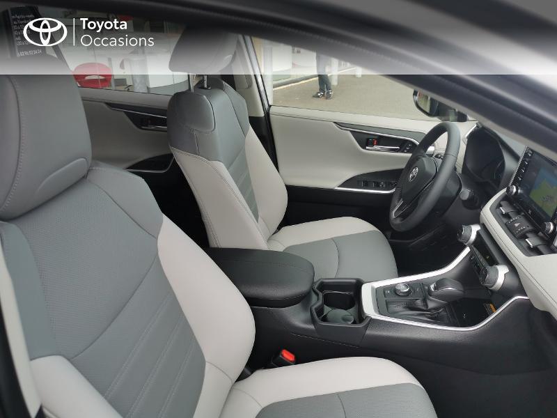 Photo 6 de l'offre de TOYOTA RAV4 Hybride 222ch Lounge AWD-i MY21 à 48990€ chez Rizzon Auto - Toyota St Brieuc