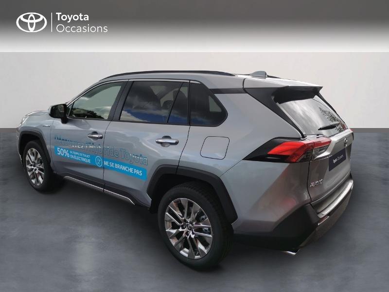 Photo 2 de l'offre de TOYOTA RAV4 Hybride 222ch Lounge AWD-i MY21 à 48990€ chez Rizzon Auto - Toyota St Brieuc