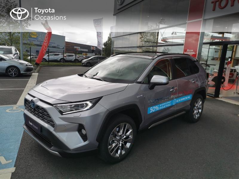 Photo 17 de l'offre de TOYOTA RAV4 Hybride 222ch Lounge AWD-i MY21 à 48990€ chez Rizzon Auto - Toyota St Brieuc