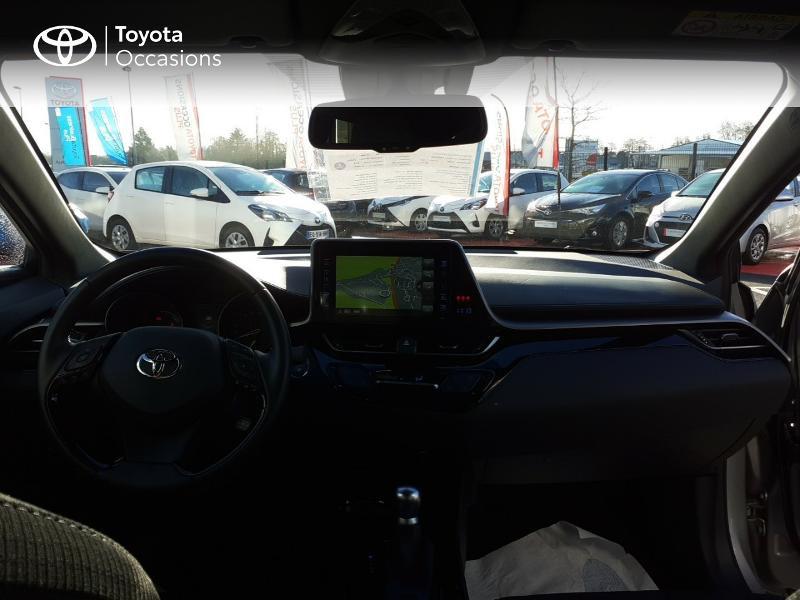 Photo 8 de l'offre de TOYOTA C-HR 122h Edition 2WD E-CVT RC18 à 20990€ chez Rizzon Auto - Toyota St Brieuc
