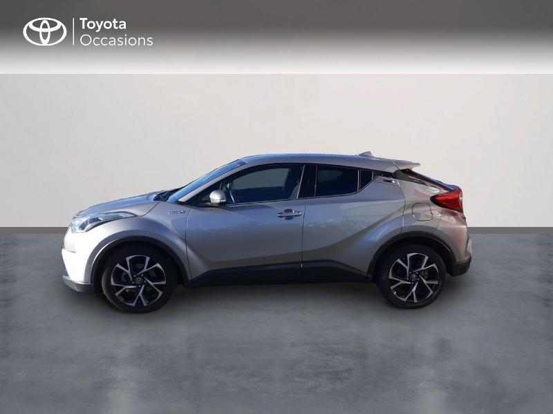 Photo 3 de l'offre de TOYOTA C-HR 122h Edition 2WD E-CVT RC18 à 20990€ chez Rizzon Auto - Toyota St Brieuc