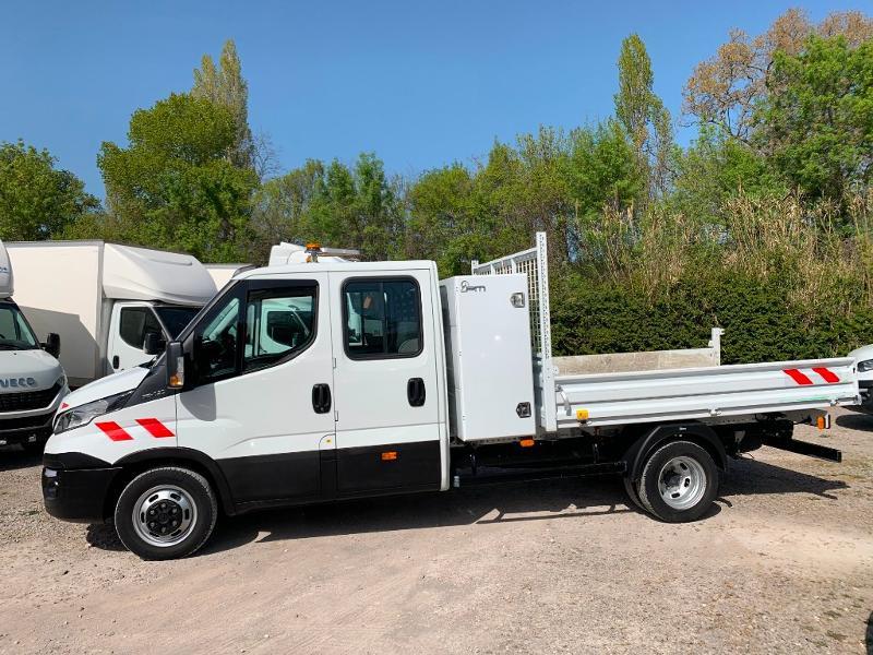 Photo 4 de l'offre de IVECO 35c14 DOUBLE CABINE 6 PLACES BENNE+COFFRE CLIM AUTO à 32400€ chez ABVI Montpellier